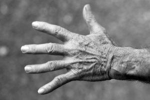 Velhice: melancolia e obsessão ou serenidade e elevação?