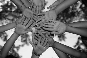 Passe espírita contra a ansiedade: Estudo desenvolvido pela Unesp comprovou eficácia