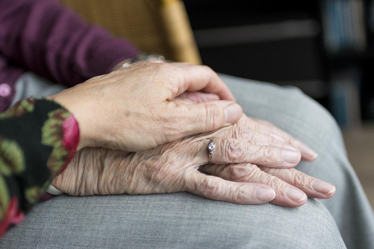 Lar Santa Clara – Assistência a idosos