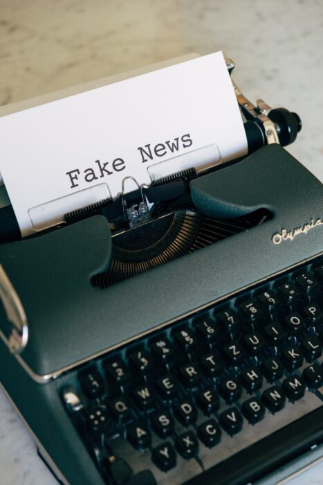 Grupo de divulgação científica da USP mostra anatomia das fake news